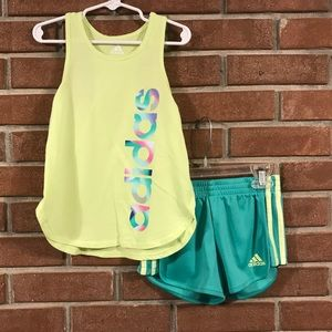 Girls Adidas short set